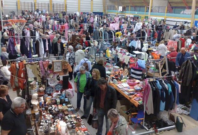 vlooienmarkt zondag